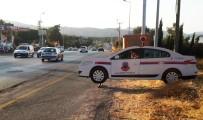 ÖLÜDENİZ - Tatilcileri Jandarma Ve Polis Maketleri Karşılıyor
