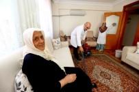 BAĞCıLAR BELEDIYESI - Bağcılar'da Bakıma Muhtaç 300 Kişinin Evinde Bayram Temizliği Yapıldı