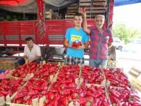 KIRMIZI BİBER - Kırmızı Biberin Fiyatı El Yakıyor