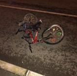 Otomobil Bisiklete Çarptı Açıklaması 1 Ölü, 1 Yaralı