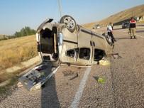 ZEKI ÇELIK - Otomobil Takla Attı Açıklaması 1 Öl, 5 Yaralı