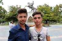 İLIK NAKLI - 5 Yıl Önce İlik Nakli Olan Gençlerin Vefası