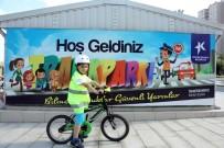 KÜÇÜKÇEKMECE BELEDİYESİ - Anneler Ve Çocuklar Bu Parkurda Bisiklet Sürmeyi Öğreniyor