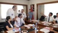 KEMER BELEDİYESİ - Antalya'da Gergin Toplantı