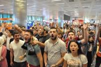 BEIJING - Burak Yılmaz İstanbul'a Geldi