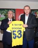 FENERBAHÇE BAŞKANI - Cumhurbaşkanı Recep Tayyip Erdoğan, Fenerbahçe'yi Tebrik Etti