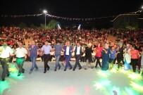 ŞÜKRÜ KARABACAK - Darıca'da Sahne Malatyalıların