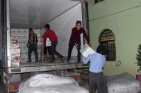 DERECIK - Iraklı Ve Suriyeli Mültecilere Yardım Eli