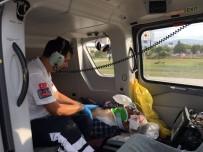 AMBULANS HELİKOPTER - Kazada Ağır Yaralanan Traktör Sürücü Ambulans Helikopter İle Hastaneye Kaldırıldı