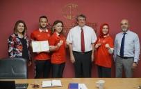 AÇIKÖĞRETİM FAKÜLTESİ - Milli Tekvandocular Açıköğretim Fakültesini Ziyaret Etti
