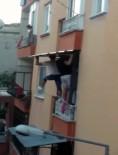 İŞ GÜVENLİĞİ - O Gölgelik Balkon Penceresine Monte Edildi