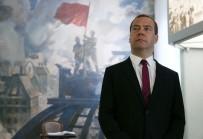 MEDVEDEV - Rusya'dan ABD'ye Sert Cevap
