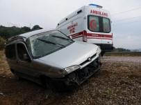 KAYNAR - Simav'da Trafik Kazası Açıklaması 2 Yaralı