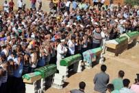 KARBONMONOKSİT - Trafik Kazasında Ölen 6 Kişilik Gurbetçi Aile Defnedildi