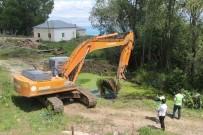 SULAMA KANALI - Van'daki Sulama Kanalları Ve Göletler Temizleniyor