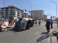 YOLCU MİNİBÜSÜ - Batman'da Trafik Kazası Açıklaması 5 Yaralı