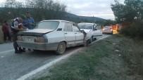 MUSTAFA ASLAN - Hisarcık'ta Trafik Kazası Açıklaması 6 Yaralı