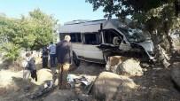 NEMRUT DAĞI - Nemrut Dağı Yolunda Kaza Açıklaması 11 Yaralı