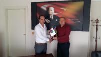 BÜROKRASI - Asimder Başkanı Gülbey'den İşadamı Bulut'a Ziyaret