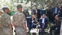 KADİR YILDIRIM - Başbakan Yardımcısı Akdağ, Askerlerle Bayramlaştı