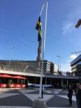 PROVOKASYON - Bayrağın Yönünün Değiştirilmesi İsveçlileri Sinirlendirdi