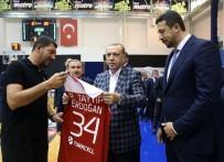 HİDAYET TÜRKOĞLU - Cumhurbaşkanı Erdoğan'dan 12 Dev Adam'a ziyaret