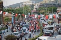 METİN LÜTFİ BAYDAR - Kuşadası'nda Zafer Bayrama Kutlamaları
