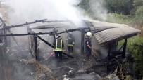 TUANA - Samsun'da Ahşap Ev Yangını