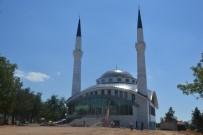 ANKARA VALİSİ - Yeni Yapılan Camide İlk Ezan Bayram Sabahı Okunacak