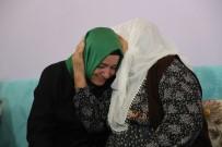 Bakan Kaya, Şehit Ailesini Ziyaret Etti