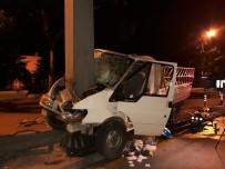 İSMET İNÖNÜ - Başkent'te Trafik Kazası Açıklaması 3 Yaralı