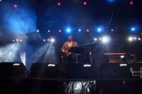 AYDıN ERDOĞAN - Coşkun Sabah Kalkınma Şöleni'nde Konser Verdi