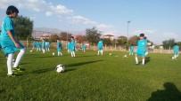 FUTBOL OKULU - Erzincan Belediyesi Yaz Futbol Okulu
