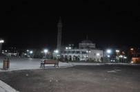 KARS VALISI - Harakani Türbesi Ve Evliya Cami Işıklandırıldı