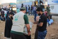 İHH Arsal'dan Tahliye Edilen Kafileyi Karşıladı