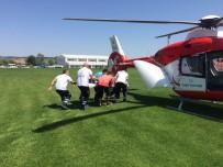 AMBULANS HELİKOPTER - Kalp Krizi Geçiren Yaşlı Kadının Yardımına Ambulans Helikopter Yetişti