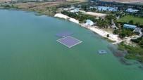 BÜYÜKÇEKMECE GÖLÜ - Türkiye'nin ilk yüzer güneş enerji santrali havadan görüntülendi