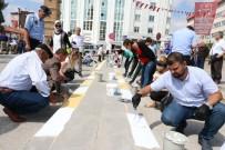 Yozgat'ta Kaldırım Boyama Etkinliği Yapıldı