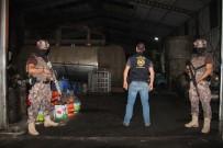 KAÇAK AKARYAKIT - 10 Numara Yağ Ve Kaçak Akaryakıt Tesisine Baskın Açıklaması13 Gözaltı