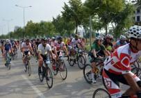 800 Bisikletçi Uludağ'ın Zirvesine Pedal Çevirdi