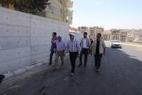 KARAKÖPRÜ - Çiftçi,Karaköprü'de Yapımı Tamamlanan Yolu İnceledi