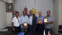 MARANGOZ USTASI - Erciş'te Mesleğinde 40 Yılını Doldurmuş 4 Ustaya Plaket