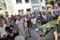 TİYATRO OYUNCUSU - Fenerbahçe Bayrağı İle Son Yolculuğuna Uğurlandı