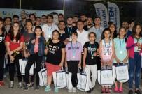 BOZÜYÜK BELEDİYESİ - Gençlik Turnuvaları Ödül Töreni İle Sona Erdi