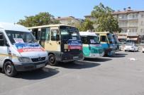 SERVİSÇİLER ODASI - Minibüsçü Ve Servisçiler Geleneği Bozmadı