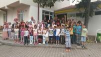 KURAN KURSU - Muhtar Çınar, Çocukları Sevindirdi
