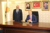 MUSTAFA ELİTAŞ - Sağlık Bakanı Demircan AK Parti İl Başkanlığını Ziyaret Etti