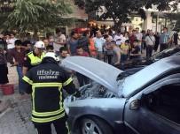ZAFER GÜLER - Yanan Otomobile İlk Müdahale Vatandaştan Geldi