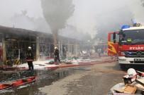 Ankara'da Korkutan Yangın Açıklaması 7 Dükkan Küle Döndü