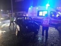 EMNIYET ŞERIDI - Başkent'te Sağanak Yağış Kazaları Beraberinde Getirdi